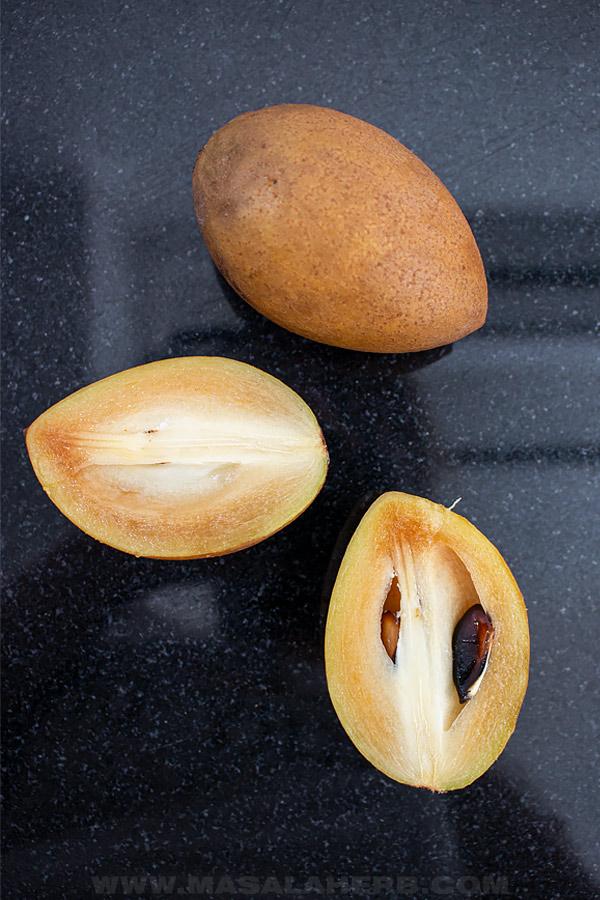 chikoo fruit cut open