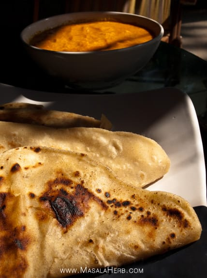Chapati Recipe - How to make Chapati Dough with Ghee - Easy Indian Flat Bread, you can half the recipe to make only 4-5 chapatis. usualy a person has about 2 chapatis in average with a curry or thali #Indian #Recipe www.masalaherb.com