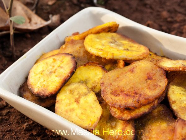 Banana Chips Recipe - Plantain Chips www.masalaherb.com #recipe
