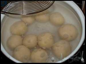 Strawberry Knödel dumplings #stepbystep #recipe masalaherb.com