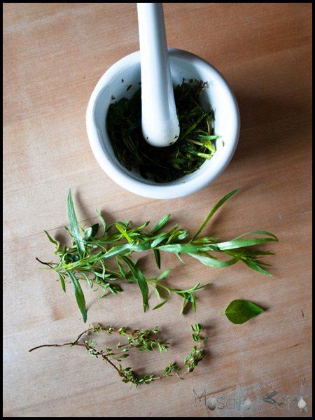 Homemade Herbal Vinegar Dressing #stepbystep #recipe masalaherb.com