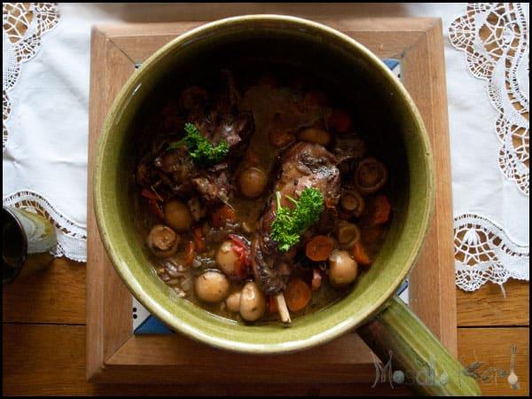 Rabbit in Red Wine Sauce - Lapin au Vin Rouge #stepbystep #recipe masalaherb.com