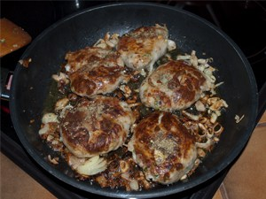 Easy Crépinette Recipe - How to make Crépinette - French Seasoned Pork Meat Parcels www.MasalaHerb.com