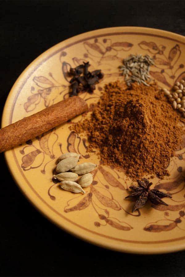 Lebkuchen Spice Mixture - Gingerbread Masala #stepbystep #recipe masalaherb.com