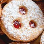 linzer cookies close up