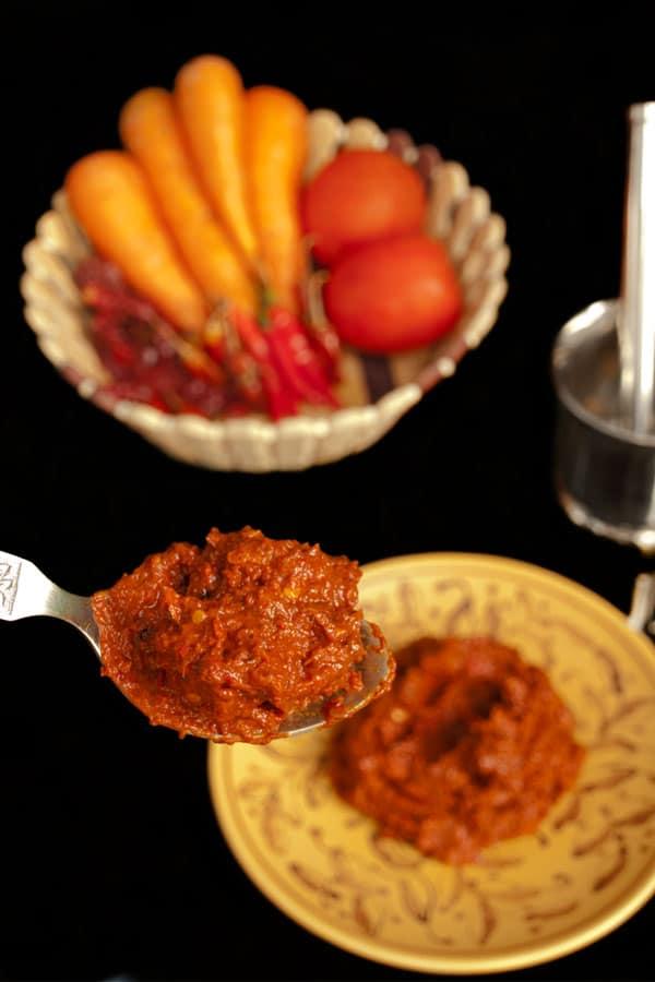 Homemade Harissa Paste for #Sundaysupper  #stepbystep #recipe masalaherb.com