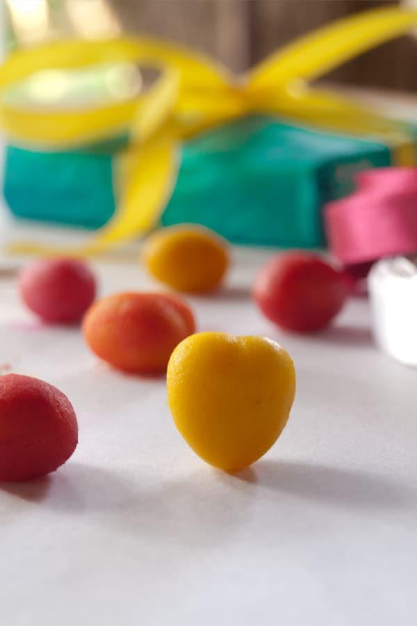 Marzipan Hearts | Pretty #Valentine Candy masalaherb.com