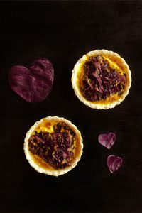 Spicy Red Cabbage Quiche | Veggie Quiche #Sundaysupper #stepbystep #recipe masalaherb.com