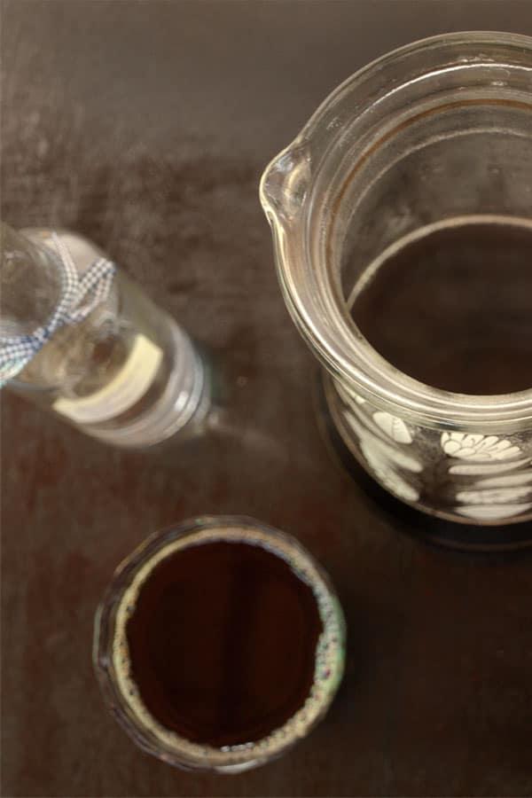 Tyrolean Jagatee - Hot spiced Black tea with Wine Schnapps & Rum #drink #recipe masalaherb.com