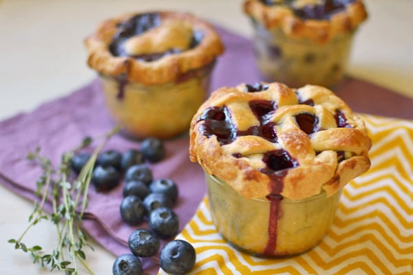 Blueberry-Thyme-Pie-in-a-Jar