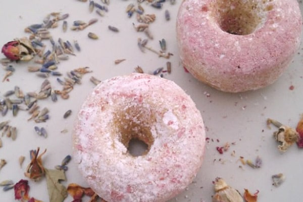 fat-free-lavendar-rose-donuts-sweetend-with-stevia