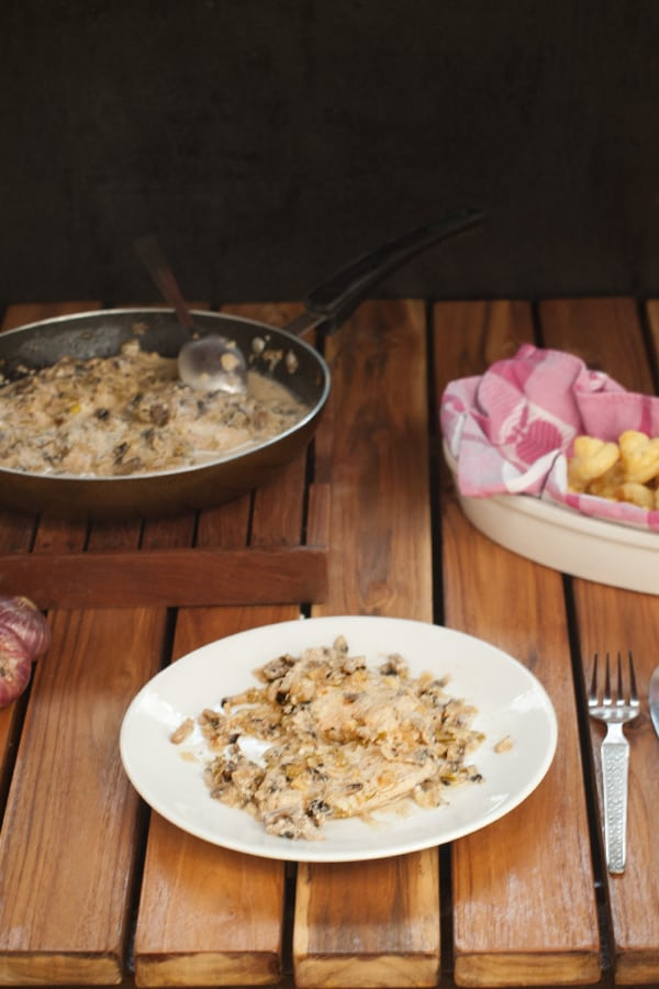 Chicken with Mushroom White Wine Cream Sauce www.masalaherb.com #stepbystep #recipe