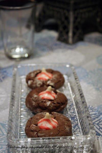 Chocolate Crinkle Kisses