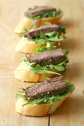 Flank Steak Crostini with Horseradish Aioli