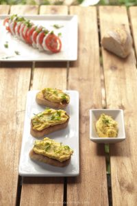 Spicy Avocado Crostini masalaherb.com