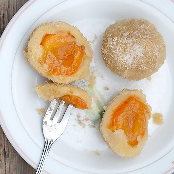 Marillenknödel Recipe (Apricot Dumplings)