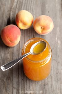 Peach Jam Recipe without Pectin all natural and with my garden's organic peach fruits www.masalaherb.com