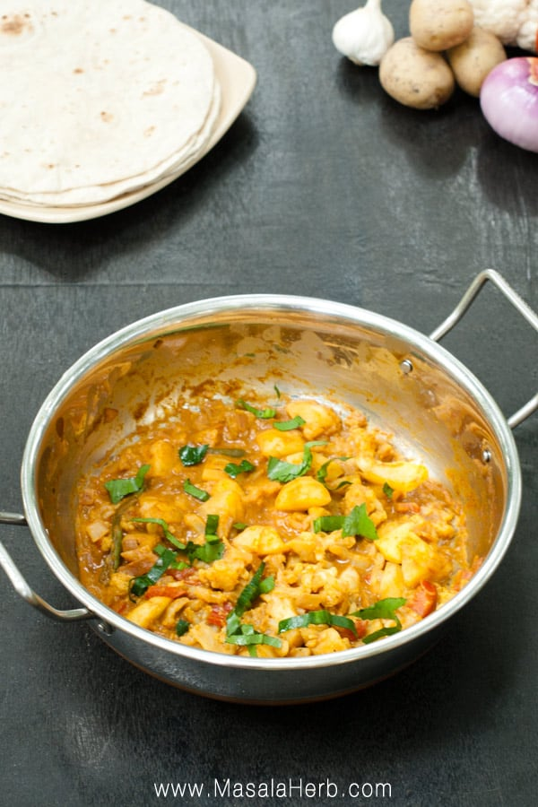 Easy Aloo Gobi Masala - How to make Aloo Gobi Curry Recipe Vegetarian step by step one-pot nut-free gluten-free curry recipe easily made for weeknight dinner www.MasalaHerb.com