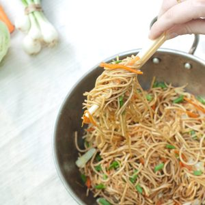 how to make guyanese vegetable chow mein