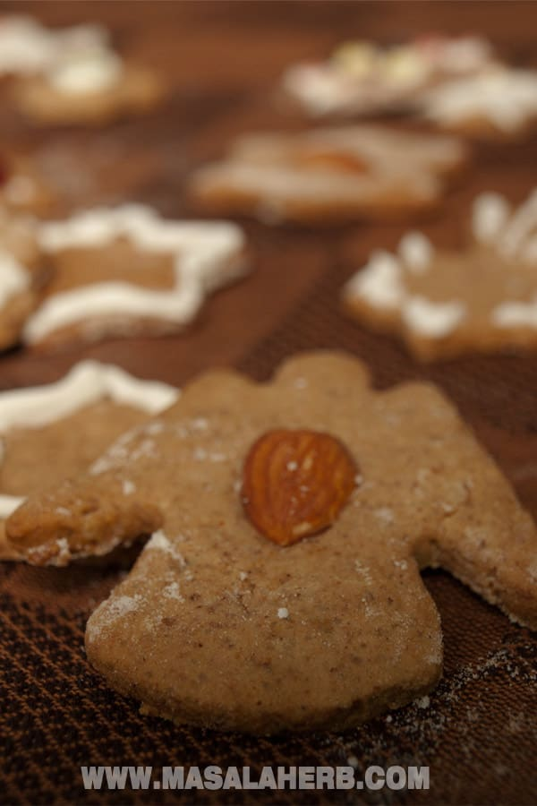 Classic Lebkuchen Recipe - German Christmas Cookies easy to make from scratch and perfect to bake with your kids for christmas. www.Masalaherb.com #cookies #christmas #german #masalaherb