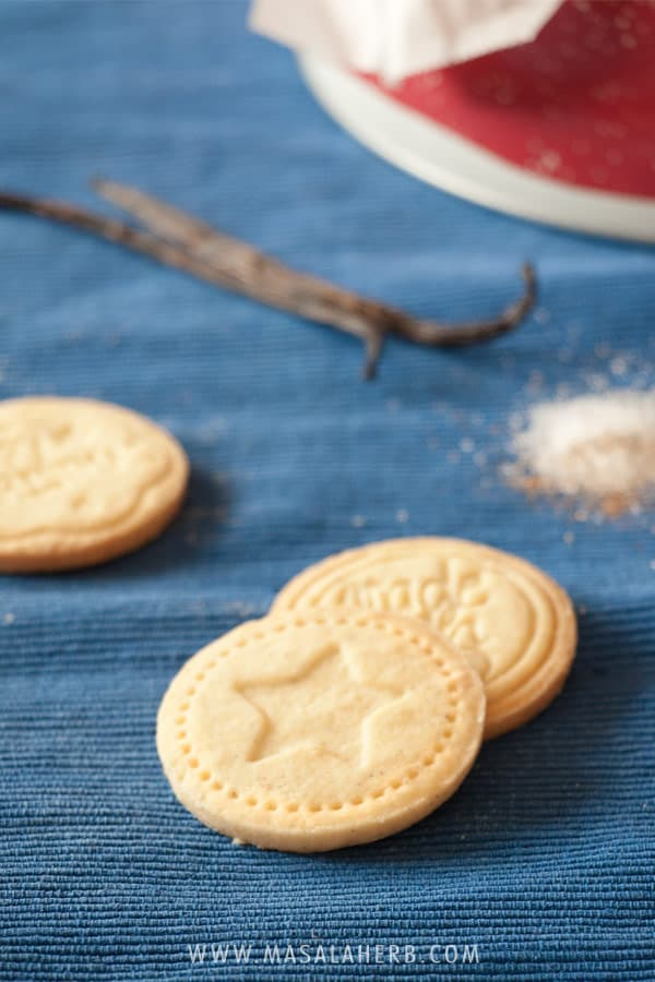 Stamped Cookies - Albertle German cookies - How to make stamped cookies from scratch easily at home. These are christmas cookies however you can make them all year round too. Gift cookies for Christmas to your family and friends! www.MasalaHerb.com #cookies #stamped #christmas #german #masalaherb