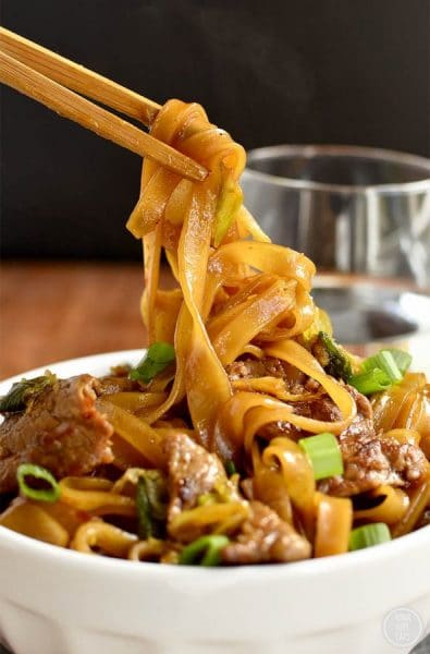 12 fantastic Stir-Fry Asian Noodle Dishes you need to try! Collection at MasalaHerb.com ---Mongolian Beef Noodle Bowls iowagirleats.com