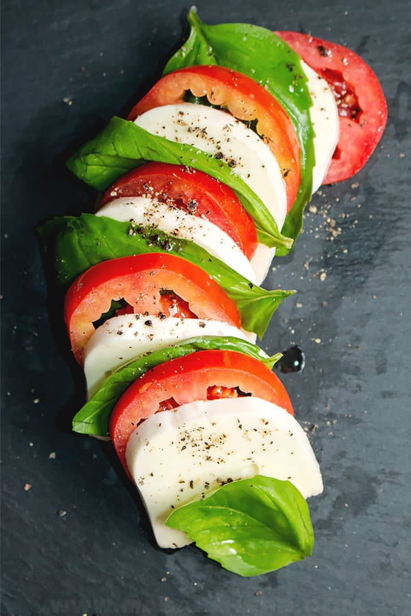 caprese salad arranged in the colors of the Italian flag