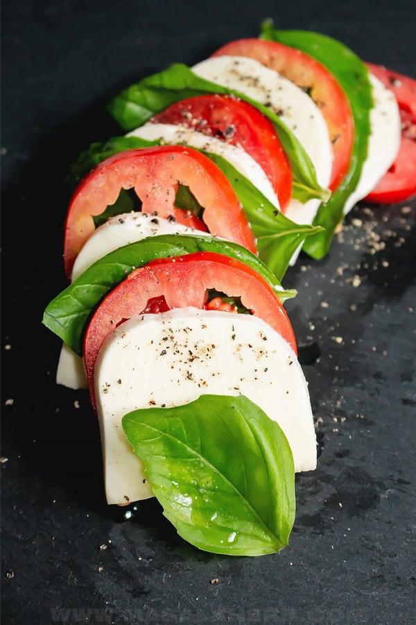 caprese tomato bail mozzarella platter