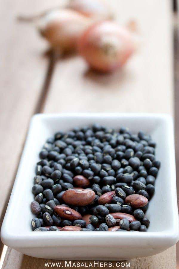 Black lentil and Kidney beans (urad dal, black gram mungo beans) Dal Makhani Recipe - How to make Dal Makhani Curry + Video - Spiced Indian Butter Urad Dal Black Lentil Gravy www.MasalaHerb.com