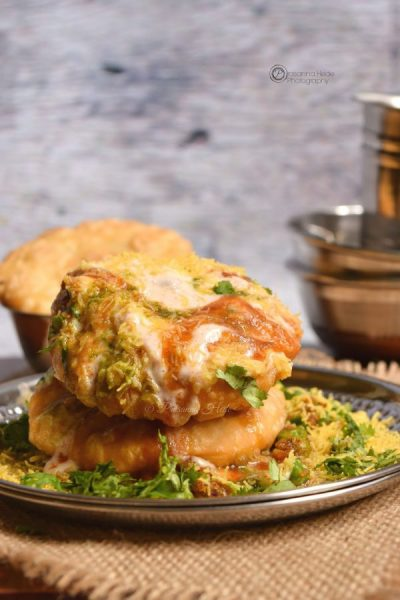 21 Food & Drink Ideas to beat the Steaming Hot Summer in India collection roundup with handpicked recipes by www.MasalaHerb.com --- DAHI MATAR KACHORI CHAAT RECIPE