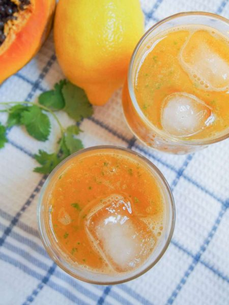 10+ Papaya Recipes that will make you want to have more! - PAPAYA LEMONADE - Roundup Collection at www.MasalaHerb.com