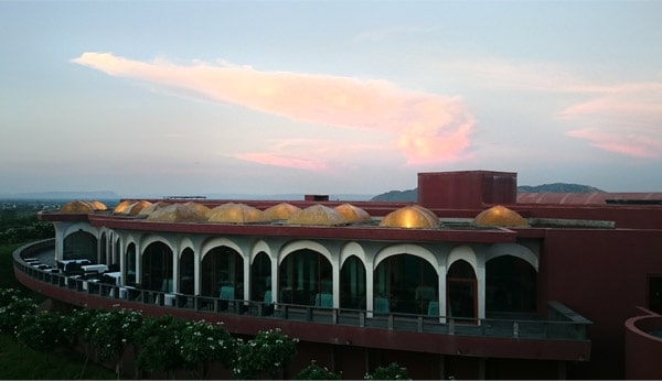 The Lebua Resort & Lodge Review - A memorable stay in the Pink City Jaipur Rajasthan www.MasalaHerb.com picture by Neelabh Chugh #experienceatlebua