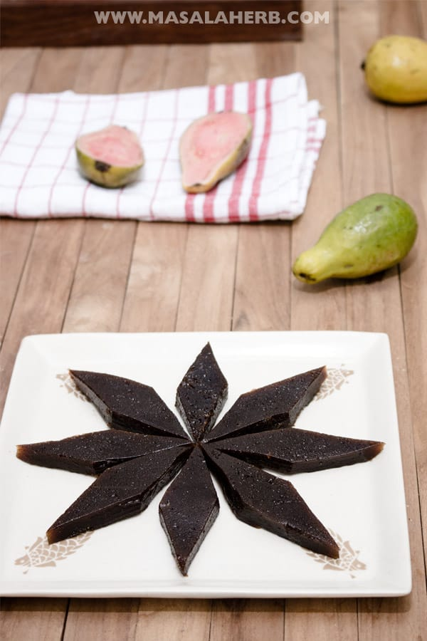 Guava Cheese Recipe aka Guava Paste Vegan [+Video] what are Guavas? how to eat Guava? Guavas health benefits. Guavas juice. Guava Jam. www.MasalaHerb.com #masalaherb #tropicalfruits #vegan #sweets