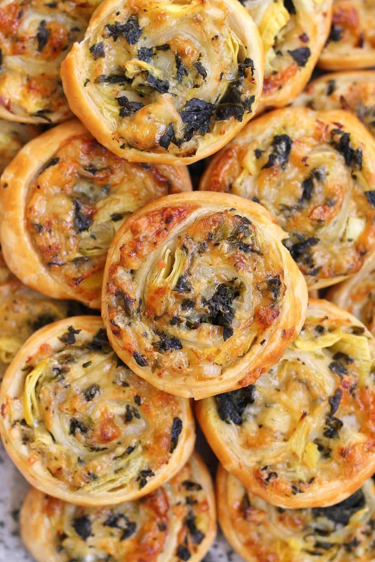 Spinach and Artichoke Puff Pastry Swirls
