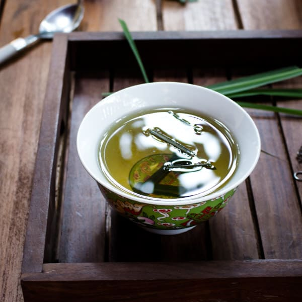 Fresh Lemongrass Tea
