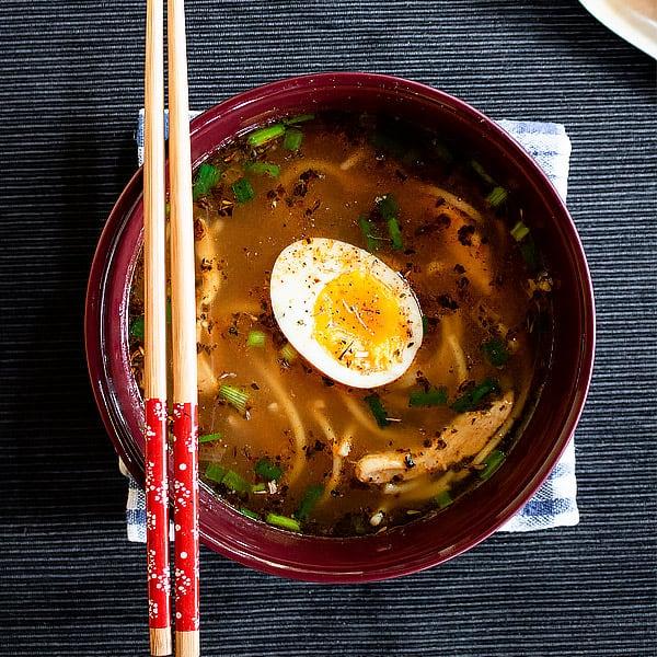 Yat Gaw Mein Soup with Chicken - Yakamein Recipe