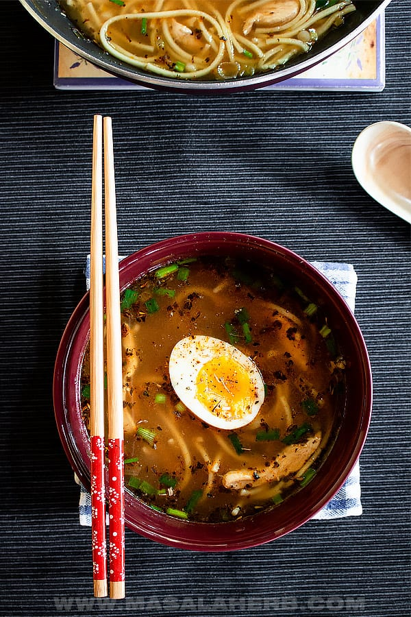 Yat Gaw Mein Soup with Chicken - Yakamein Recipe