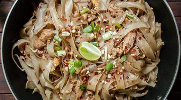 Easy Chicken Pad Thai Recipe [One-Pan]
