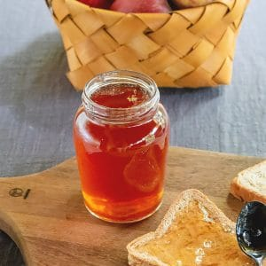 Apple Jelly Recipe [Two Ingredients]