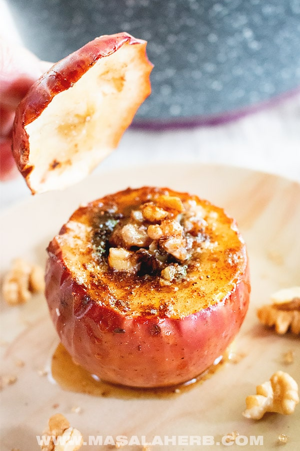 Stuffed Baked Apples with Walnuts