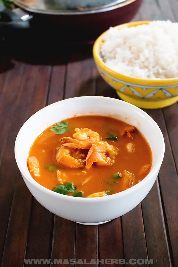 Thai Red Curry Shrimp Recipe with Coconut Milk