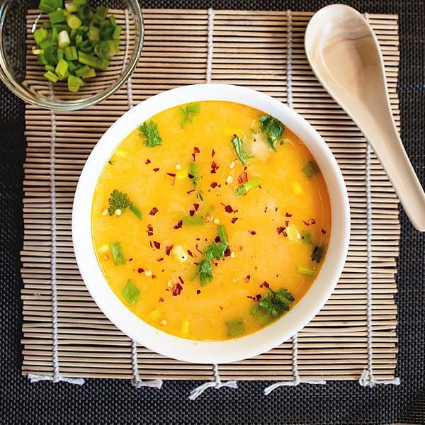 Easy Ginger Coconut Detox Lentil Soup Recipe [Vegan]