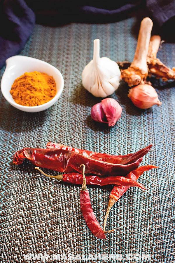5-Minute Thai Yellow Curry Paste Recipe