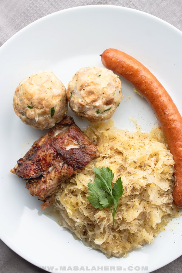 Semmelknödel with Sauerkraut, Sausage and Ribs
