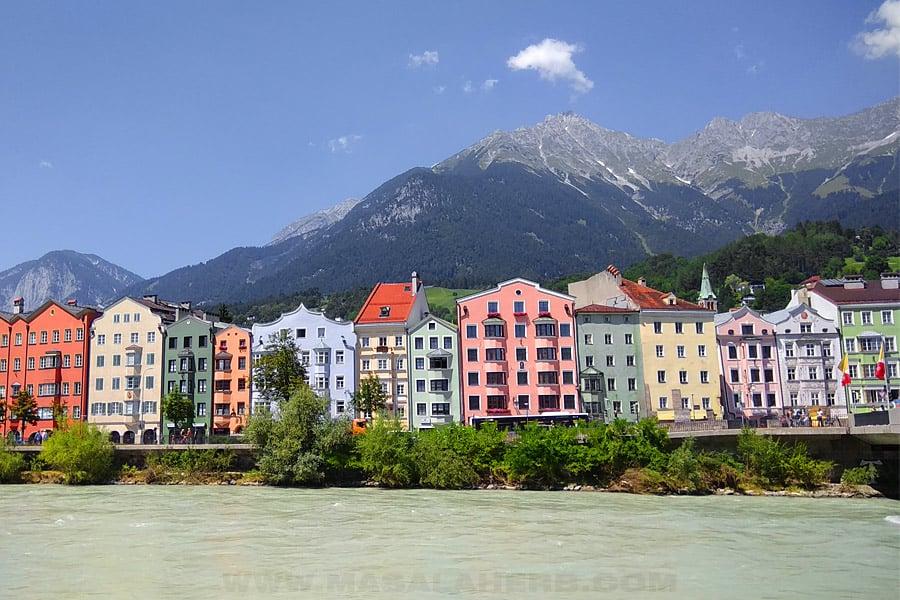 coloreful houses of Innsbruck