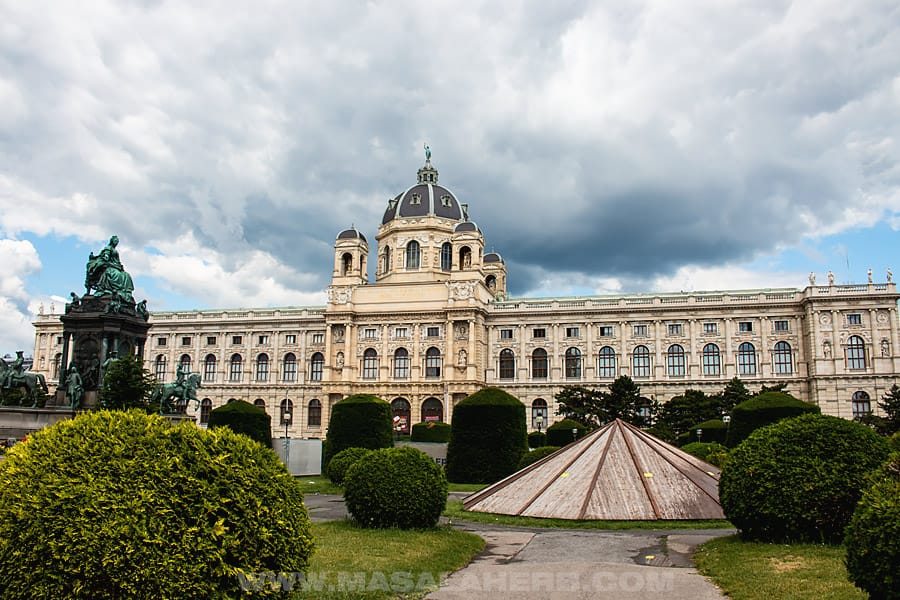 BEST Things to do in Vienna [3 day itinerary]