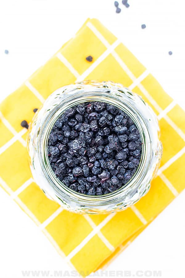 How to to make dehydrated blueberries