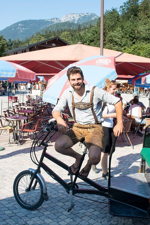 take a bycicle tour around Schönau