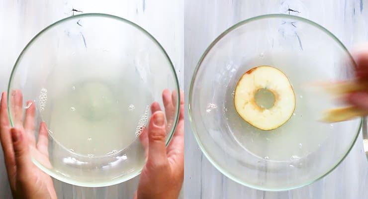 submerge apple slices in water lemon