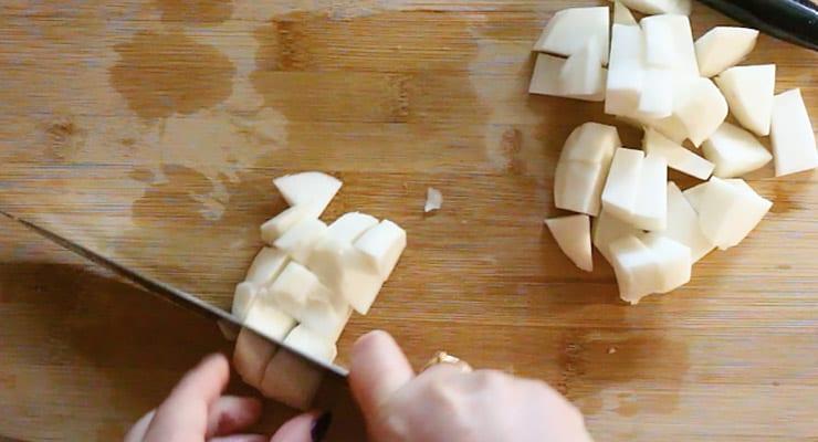 cut turnip into cubes